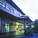 佐賀県の山あいの静かな古湯温泉 旅館 杉乃家